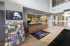 Image of the Front Desk at RCC - Barrie.